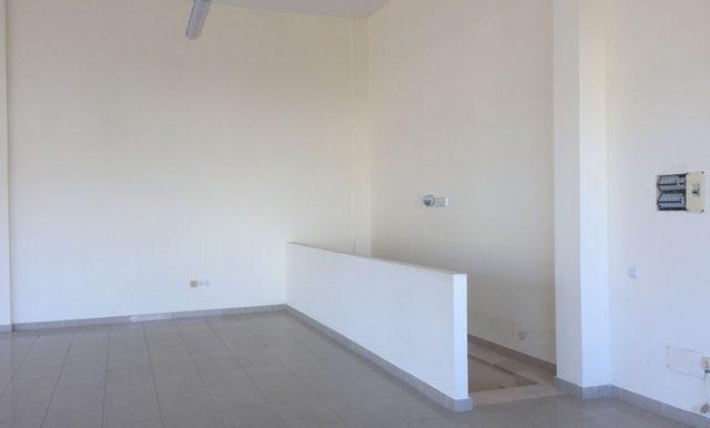 Local-Bien-Ubicado-con-Almacén-Corralejo-249908792_4