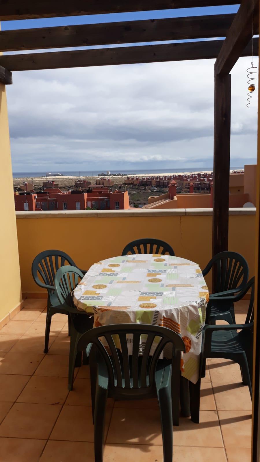 Corner top floor with sea View