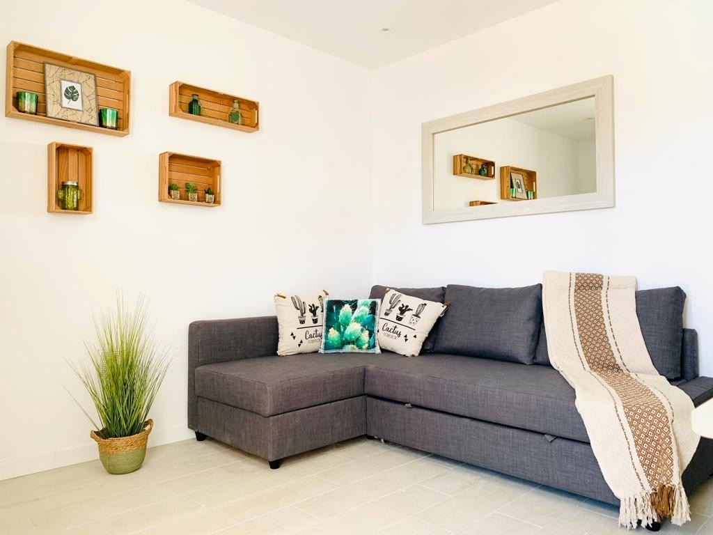 Refined and renovated apartment in San Valentin