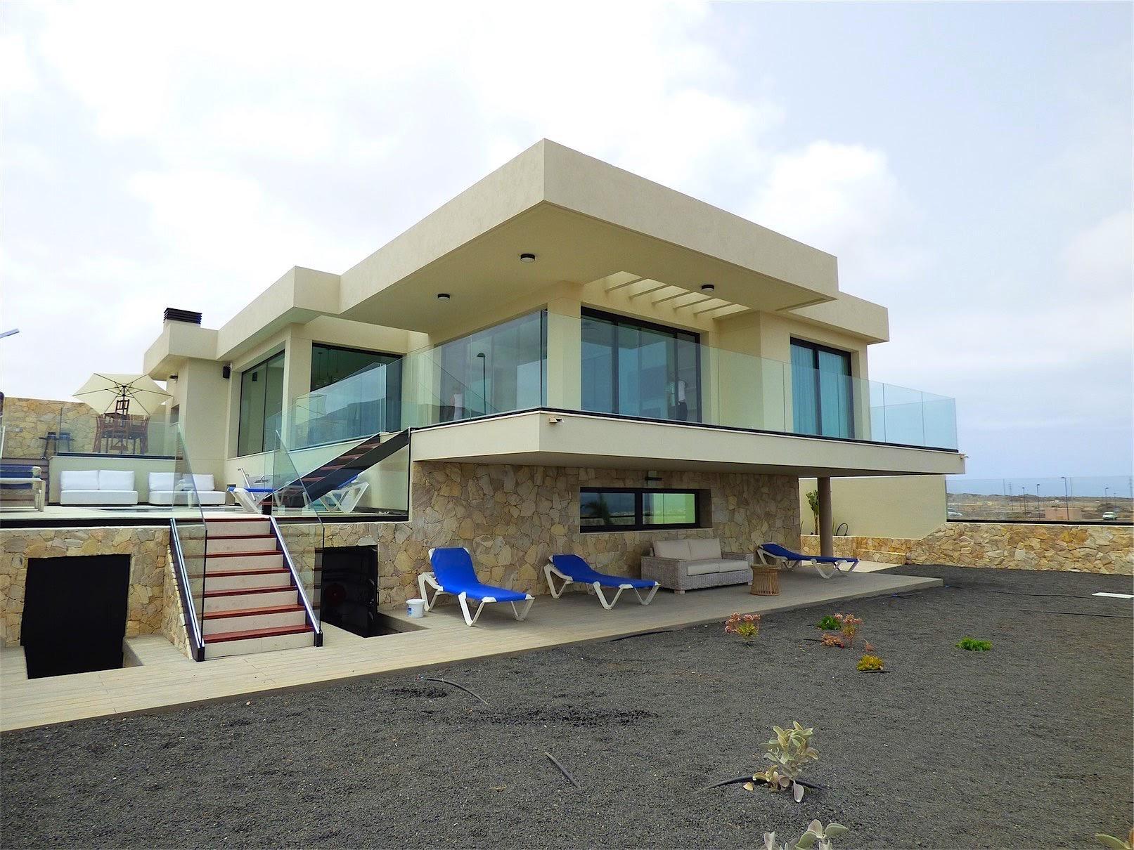 Luxury dream villa in Morro Francisco