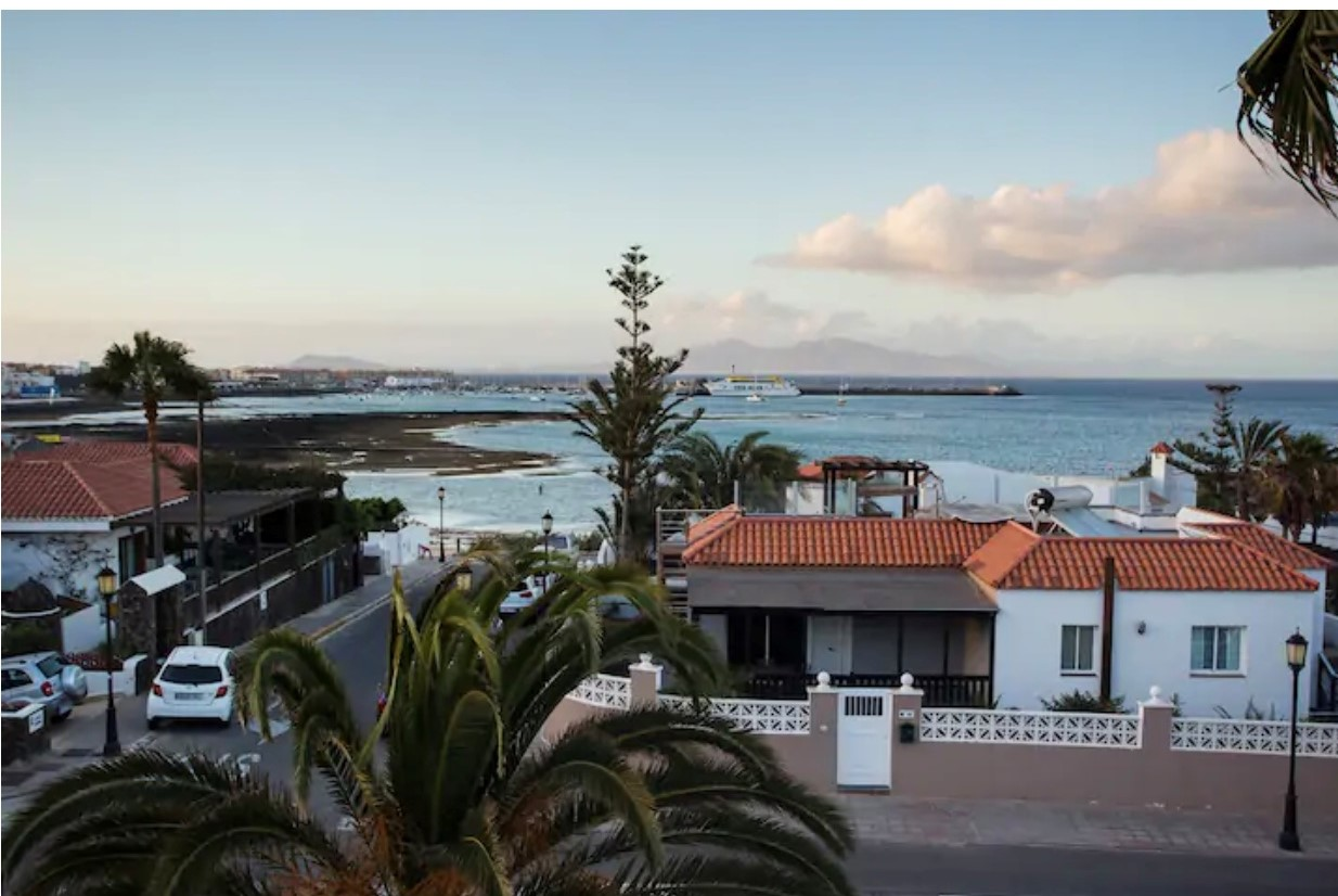 Sea view apartment in Grandes Playas