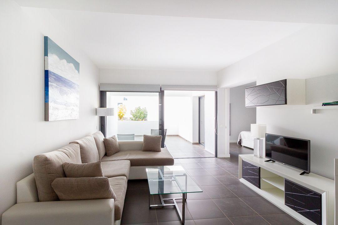 Modern and large apartment in Casilla de Costa