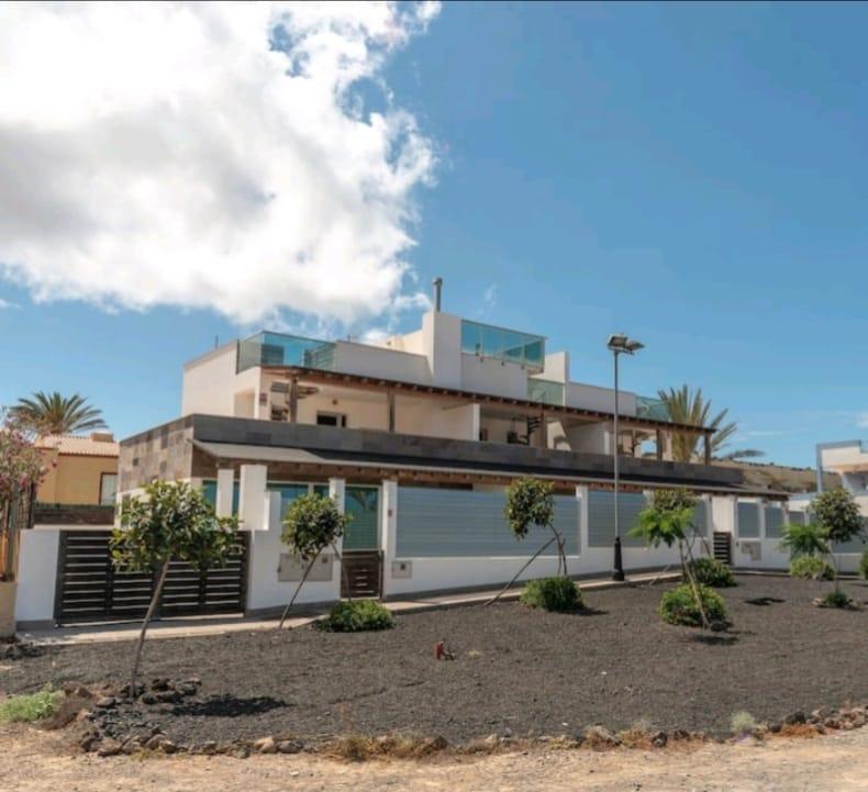 Beautiful and modern villa in Corralejo